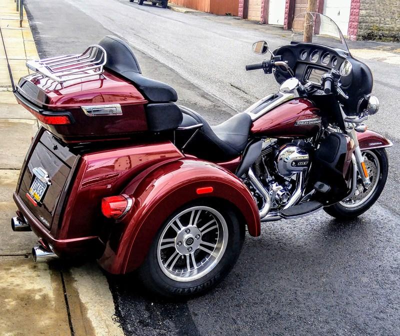 Photo of a 2015 Harley-Davidson®  Custom Trike