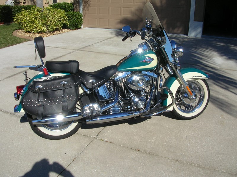Photo of a 2009 Harley-Davidson® FLHRC Road King® Classic