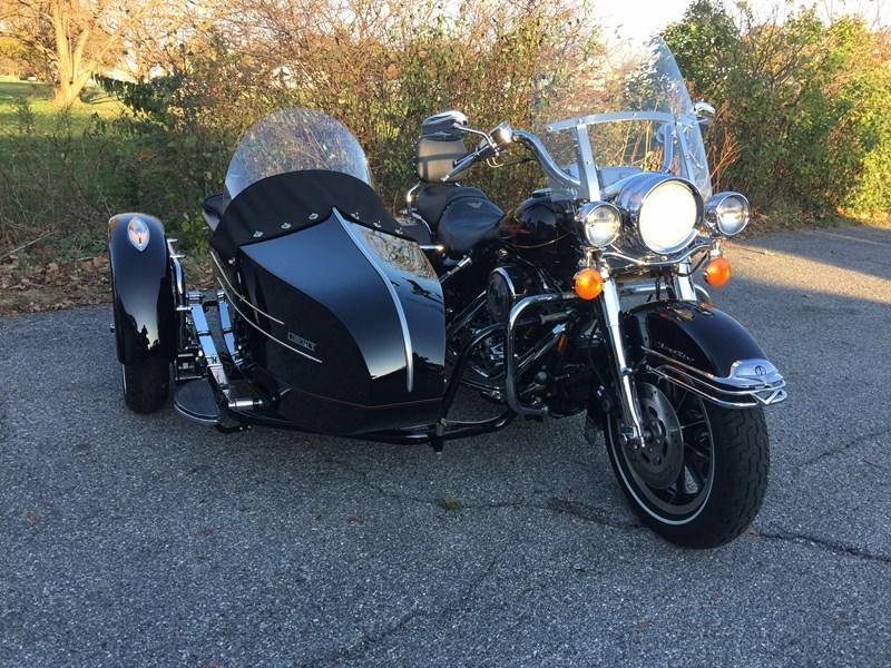 Photo of a 1997 Harley-Davidson® FLHR/I-Sidecar Road King® w/ Sidecar