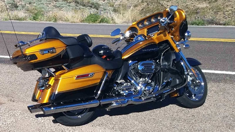 Photo of a 2015 Harley-Davidson® FLHTKSE CVO™ Limited
