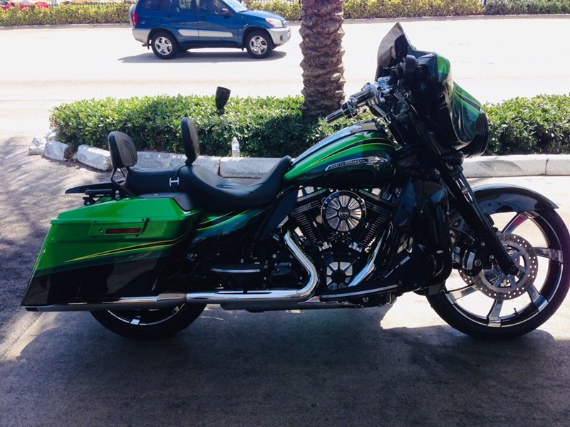 Photo of a 2011 Harley-Davidson® FLHXSE2 CVO™ Street Glide®