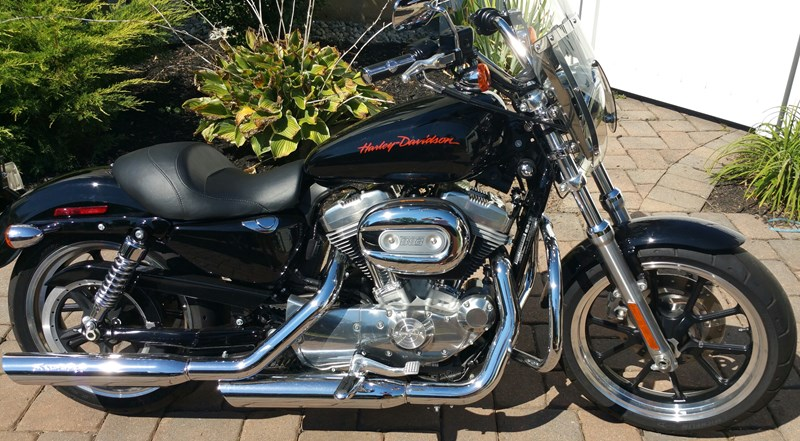 Photo of a 2011 Harley-Davidson® XL883L Sportster® 883 SuperLow™