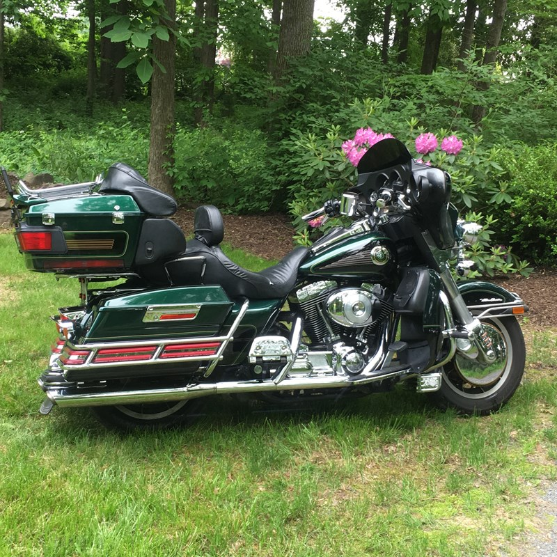 Photo of a 1999 Harley-Davidson® FLHTCUI Ultra Classic® Electra Glide®