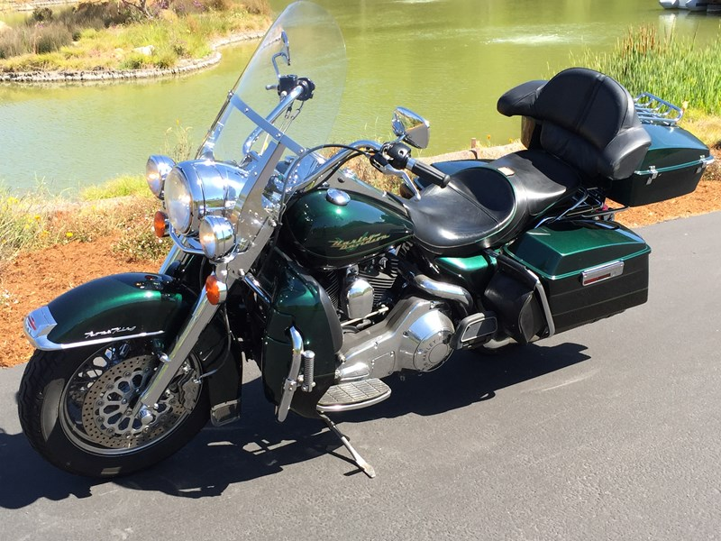 Photo of a 1999 Harley-Davidson® FLHR Road King®