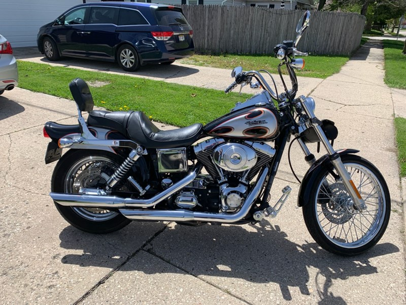Photo of a 2002 Harley-Davidson® FXDWG Dyna Wide Glide®