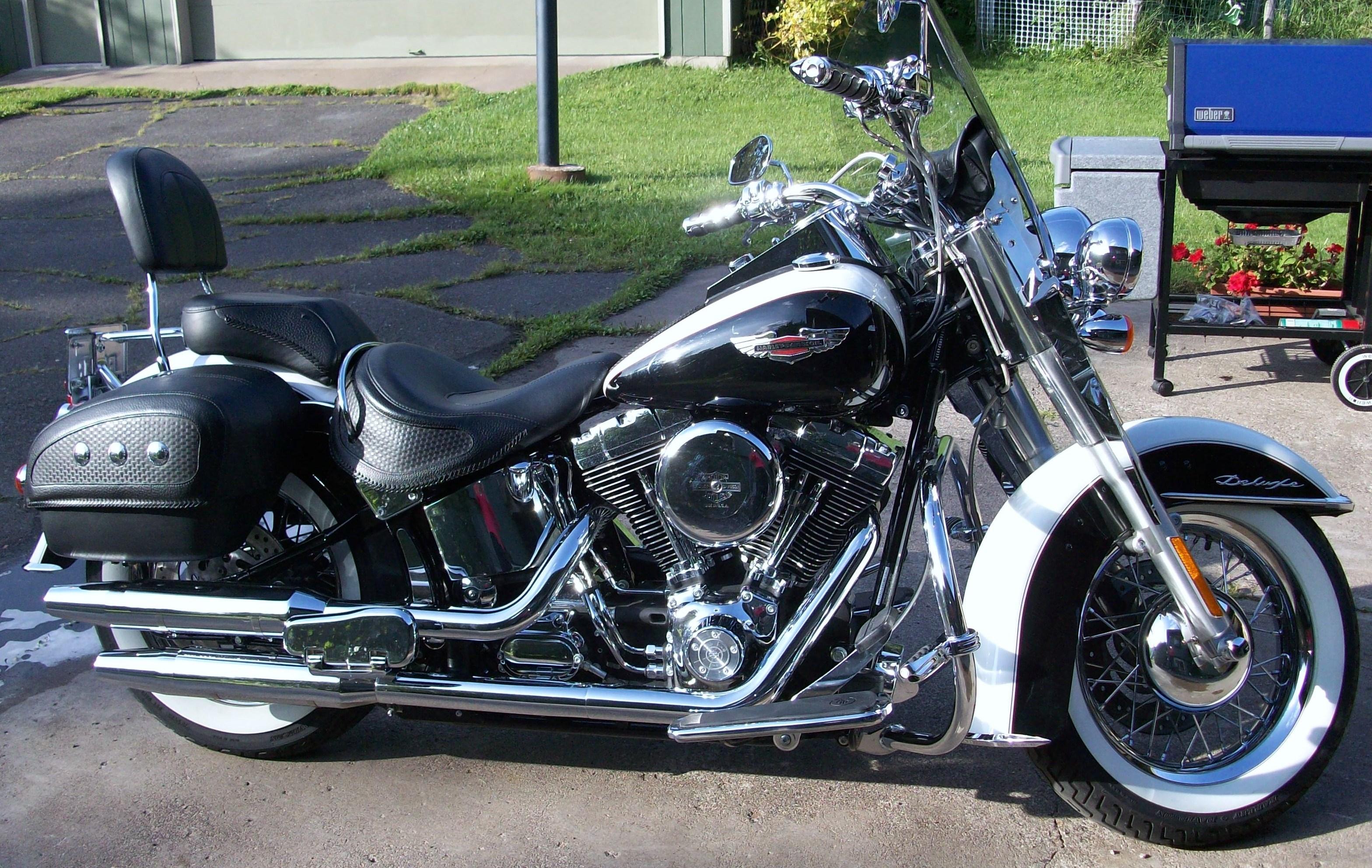 2005 Harley Davidson 174 Flstn I Softail 174 Deluxe Pearl White