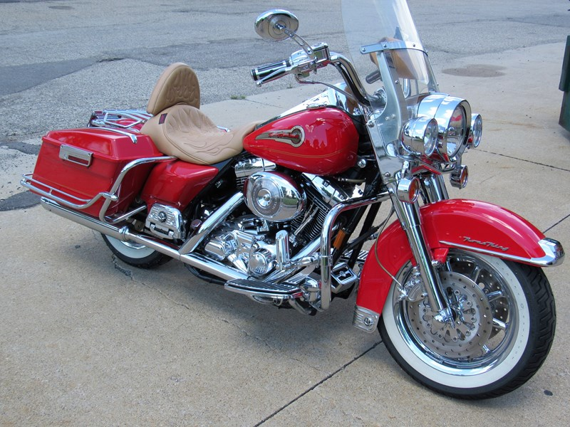Photo of a 2002 Harley-Davidson® FLHRI Road King® Firefighter/Peace Officer
