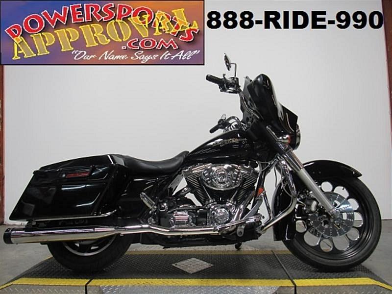 Photo of a 2006 Harley-Davidson® FLHX/I Street Glide®