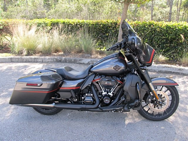Photo of a 2018 Harley-Davidson® FLHXSE CVO™ Street Glide®
