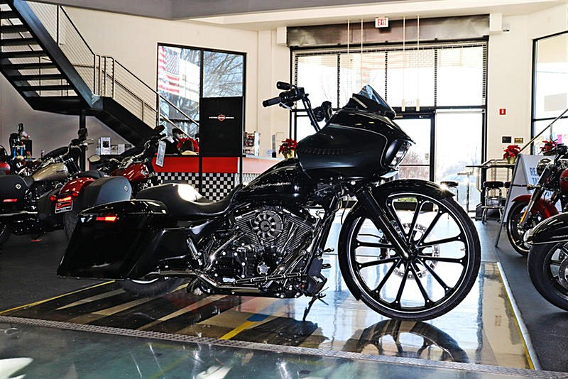 Photo of a 2016 Harley-Davidson® FLTRXS Road Glide® Special