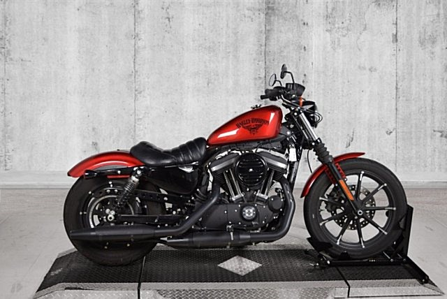 Photo of a 2018 Harley-Davidson® XL883N Sportster® Iron 883™