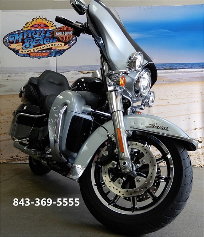Photo of a 2019 Harley-Davidson® FLHTK Ultra Limited