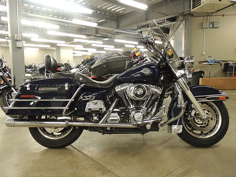 Photo of a 2002 Harley-Davidson® FLHP/I Road King® Police