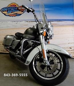 Used 2017 Harley-Davidson® Road King® Police