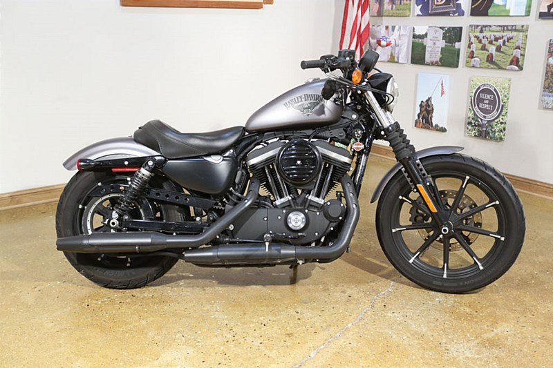 Photo of a 2016 Harley-Davidson® XL883N Sportster® Iron 883™