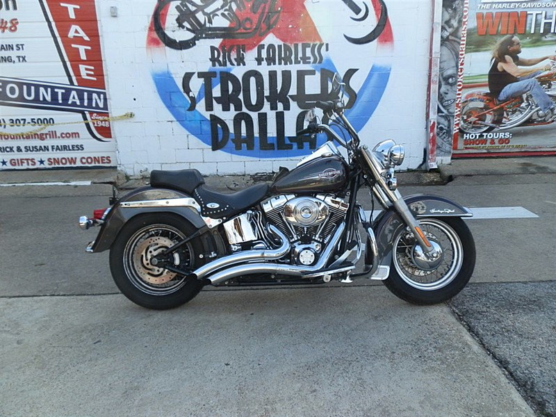 Photo of a 2006 Harley-Davidson® FLSTC/I Heritage Softail® Classic