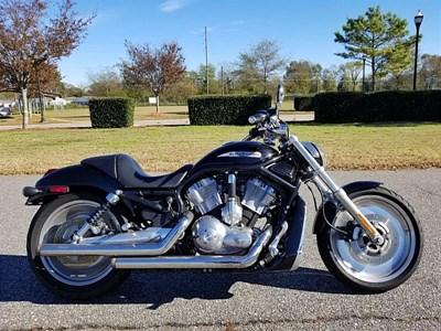 Used 2004 Harley-Davidson® V-Rod® - Black Frame