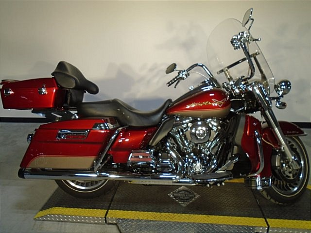 Photo of a 2009 Harley-Davidson® FLHR Road King®