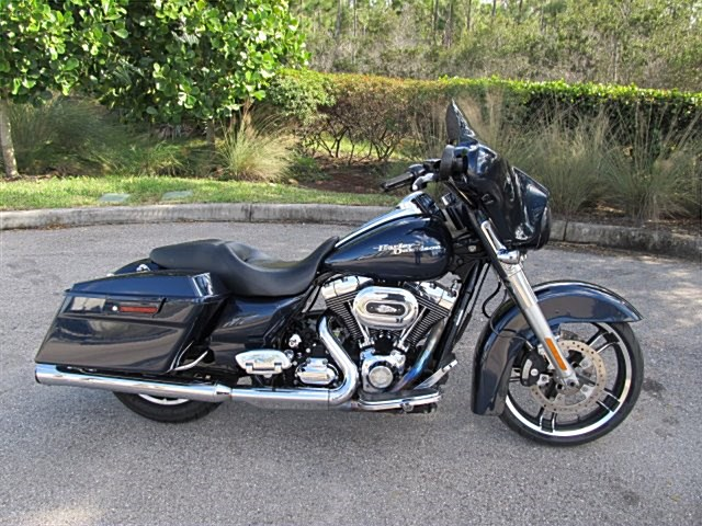 Photo of a 2010 Harley-Davidson® FLHX Street Glide®