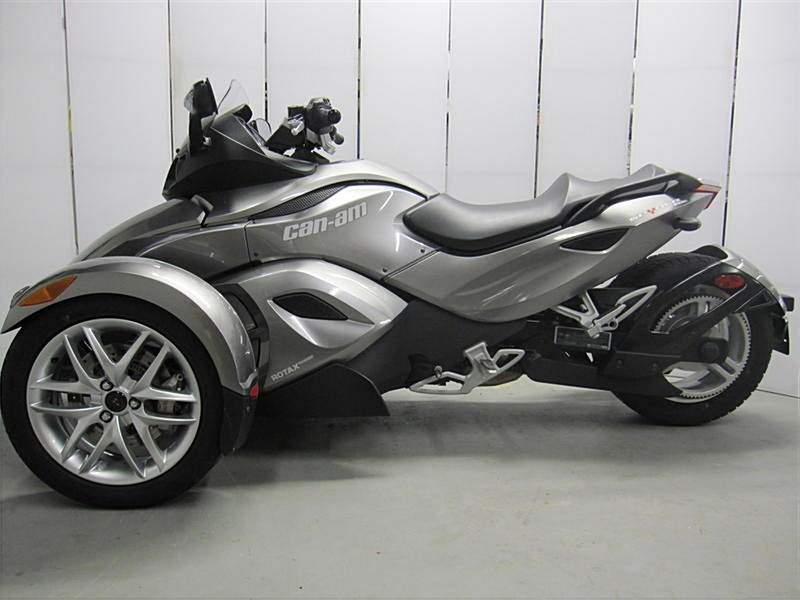 Photo of a 2013 Can-Am  Spyder RS-S