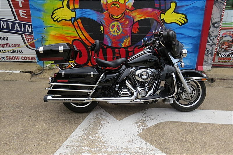Photo of a 2011 Harley-Davidson® FLHTP Electra Glide Police