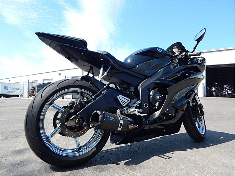 Photo Of A 2006 Yamaha YZF R6