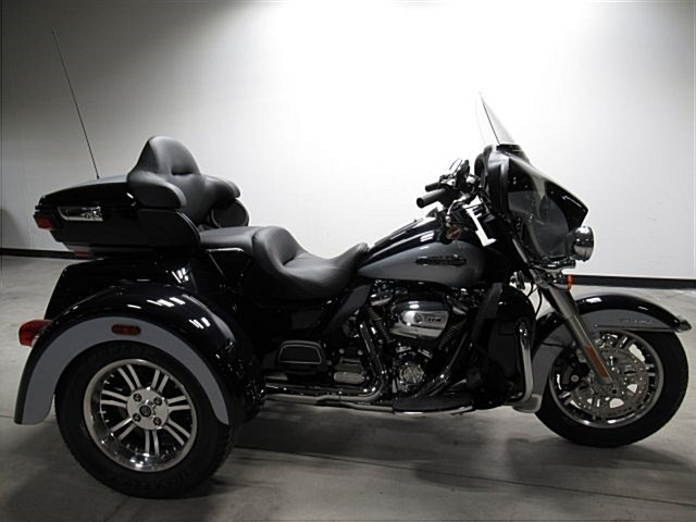 Photo of a 2020 Harley-Davidson® FLHTCUTG Tri Glide® Ultra