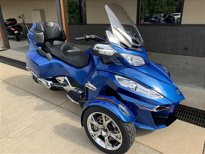 Photo of a 2019 Can-Am  Spyder® RT