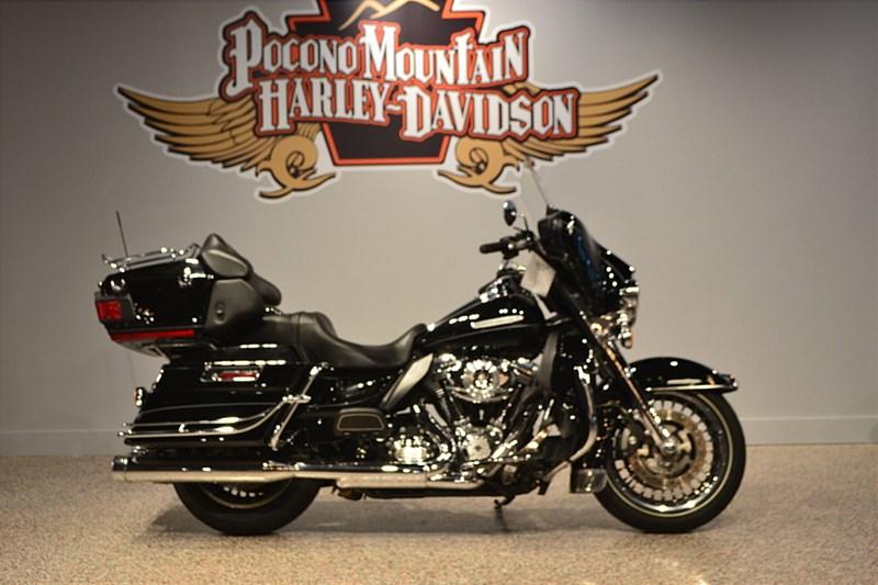 Photo of a 2013 Harley-Davidson® FLHTK Electra Glide® Ultra® Limited