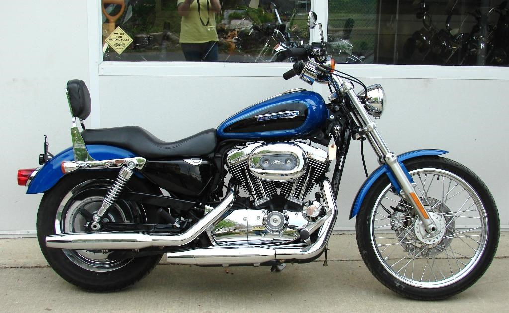 2008 harley davidson xl1200c sportster 1200 custom blue w black this one is available for. Black Bedroom Furniture Sets. Home Design Ideas