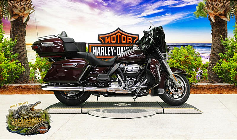 Photo of a 2018 Harley-Davidson® FLHTK Electra Glide® Ultra® Limited