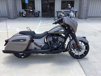 New 2019 Indian® Chieftain® Dark Horse®