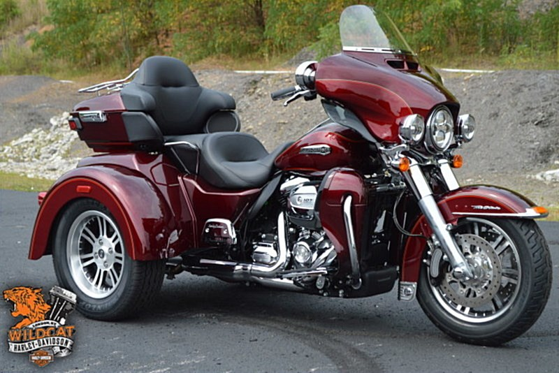 2017 harley davidson flhtcutg tri glide ultra mysterious red velocity red london kentucky. Black Bedroom Furniture Sets. Home Design Ideas