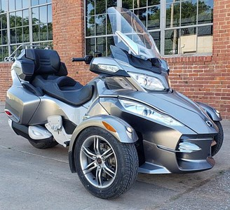 Used 2012 Can-Am Spyder RT