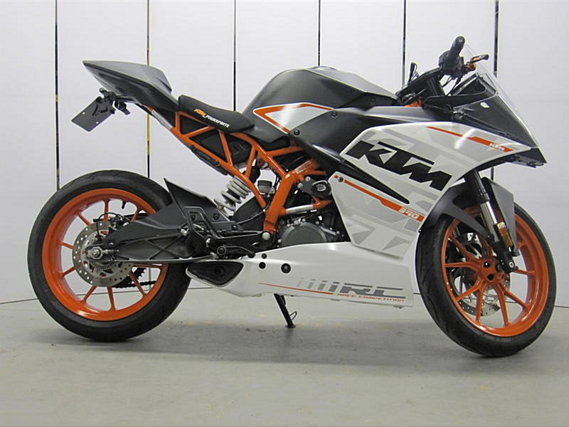 Photo of a 2015 KTM  RC 390