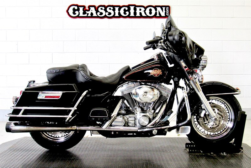 Photo of a 2002 Harley-Davidson® FLHT Electra Glide® Standard