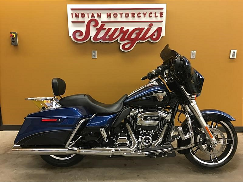 Photo of a 2018 Harley-Davidson® FLHXSANV Touring Street Glide® Special 115th Anniversary