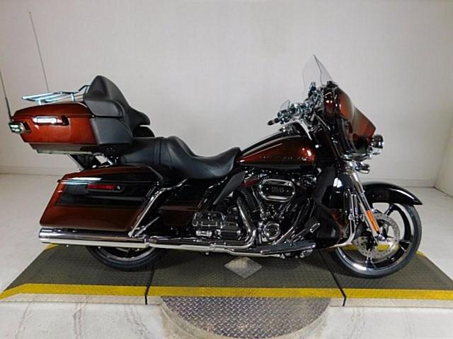 Photo of a 2019 Harley-Davidson® FLHTKSE CVO™ Limited