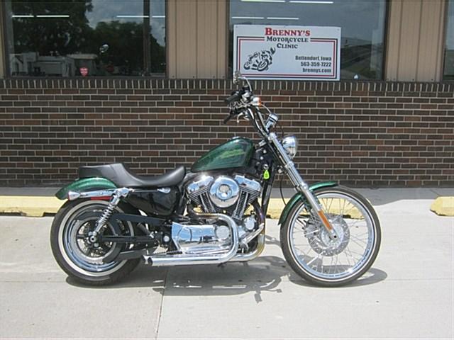 Photo of a 2013 Harley-Davidson® XL1200V Sportster® Seventy-Two™