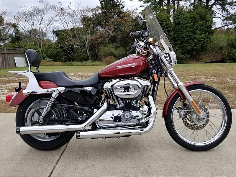 Photo of a 2009 Harley-Davidson® XL883C Sportster® 883 Custom