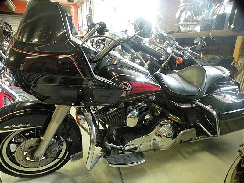 Photo of a 1990 Harley-Davidson® FLTCU Ultra Classic® Tour Glide®