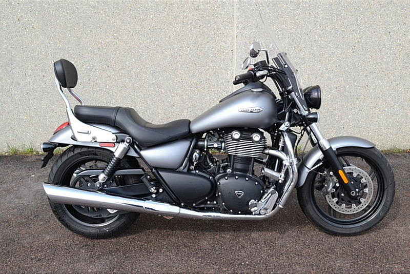 Photo of a 2013 Triumph  Thunderbird Storm ABS