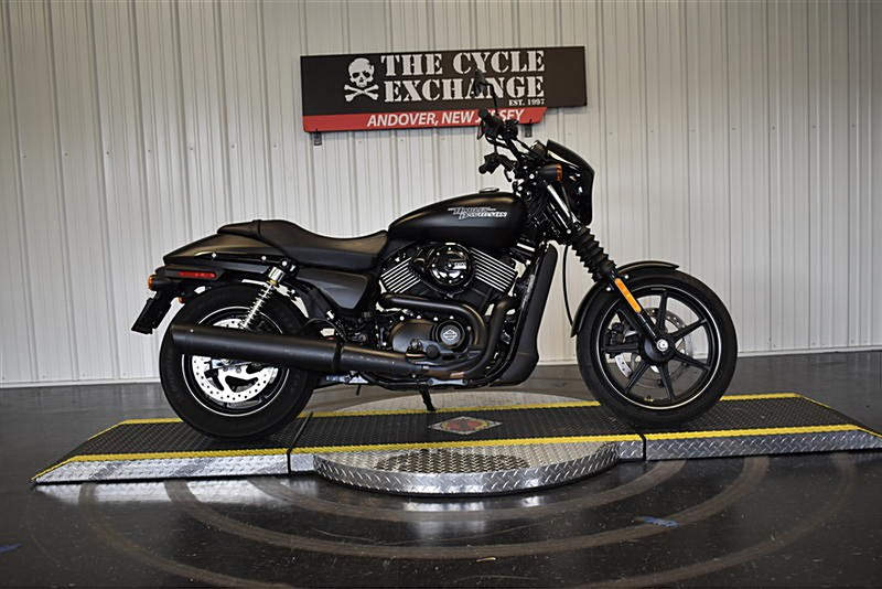 Photo of a 2017 Harley-Davidson® XG750A  Street Rod™