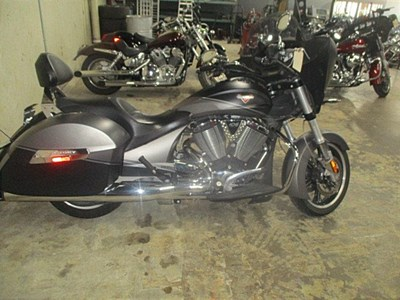 Used 2014 Victory Cross Country®