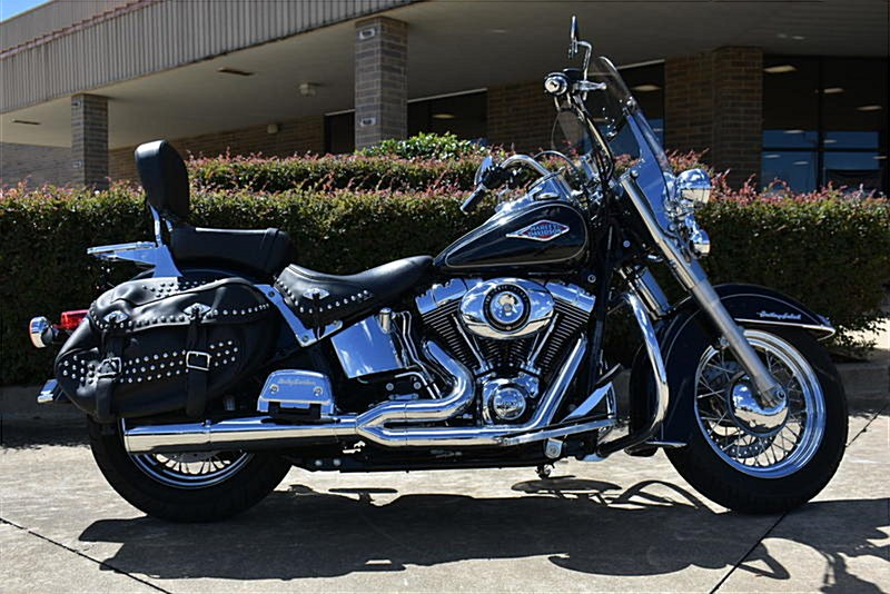 Photo of a 2015 Harley-Davidson® FLSTC Heritage Softail® Classic