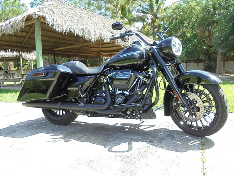 Photo of a 2018 Harley-Davidson® FLHRXS Road King® Special