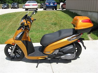 New 2013 Kymco People GT 300i