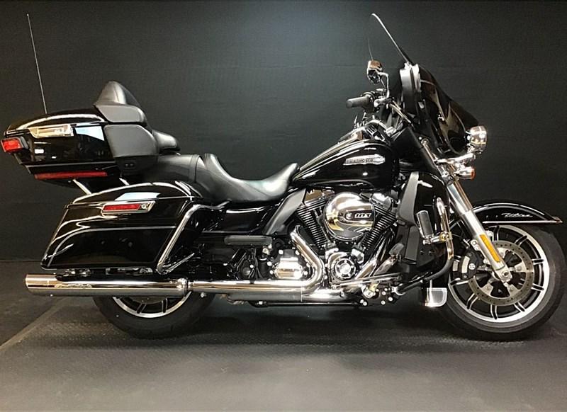Photo of a 2015 Harley-Davidson® FLHTCU Electra Glide® Ultra Classic®