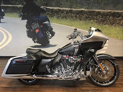 Harley-Davidson® CVO Road Glide® for Sale near Washington