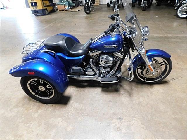 Photo of a 2015 Harley-Davidson® FLRT Freewheeler™